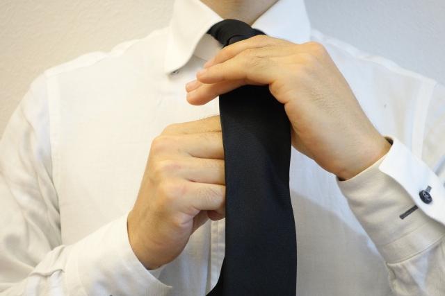 黒 ネクタイ