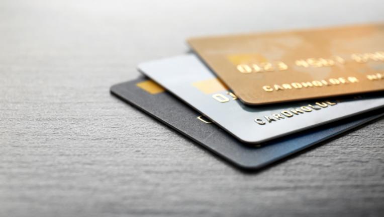 クレジットカードを持ってない人にはどんな人がいる?