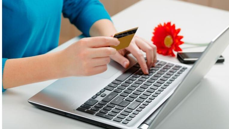クレジットカードでキャッシングを活用する際は、一括返済できるかで判断べし