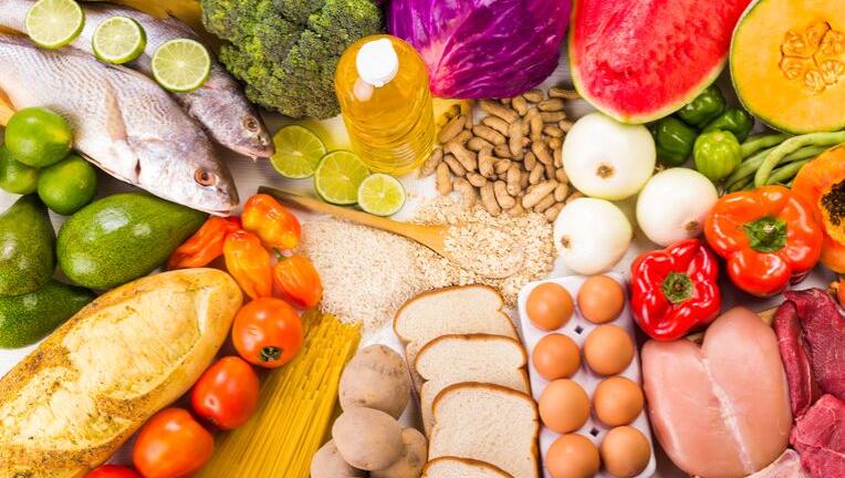 ファミマでカロリーと糖質を抑えたダイエットメニューとは?